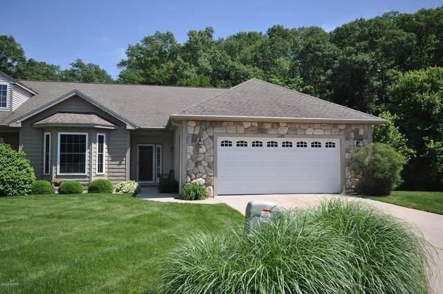 2201 Hunters Run #88, Kalamazoo, MI 49048 (MLS #21111413) :: Sold by Stevo Team | @Home Realty