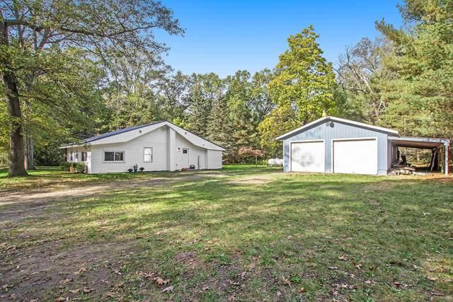 154 W Daniels Road, Twin Lake, MI 49457 (MLS #21111667) :: Sold by Stevo Team | @Home Realty
