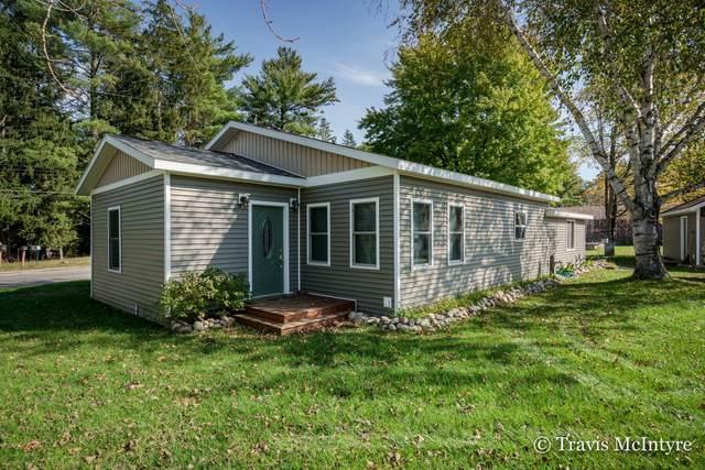15260 Meddler Avenue NE, Gowen, MI 49326 (MLS #21111833) :: Sold by Stevo Team | @Home Realty