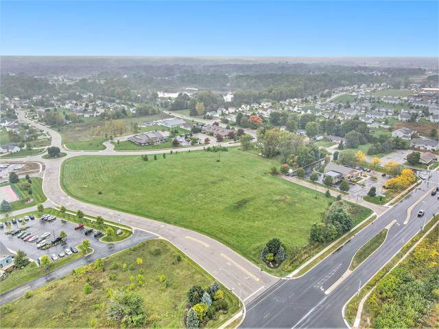 4051 Del Mar Drive SW, Wyoming, MI 49418 (MLS #21111854) :: Fifth Floor Real Estate