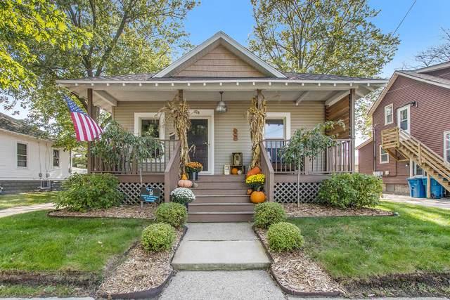 820 Waverly Avenue, Grand Haven, MI 49417 (MLS #21111855) :: Keller Williams Realty | Kalamazoo Market Center