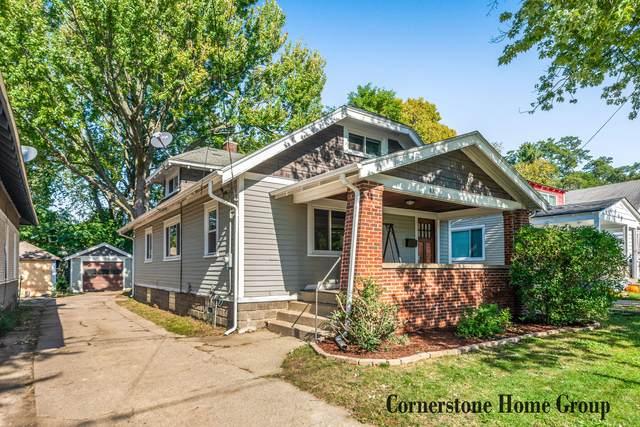 831 Burton Street SE, Grand Rapids, MI 49507 (MLS #21111859) :: Fifth Floor Real Estate