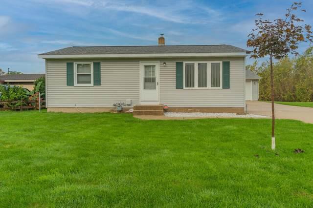 5833 Averill Avenue SW, Wyoming, MI 49548 (MLS #21111879) :: Fifth Floor Real Estate