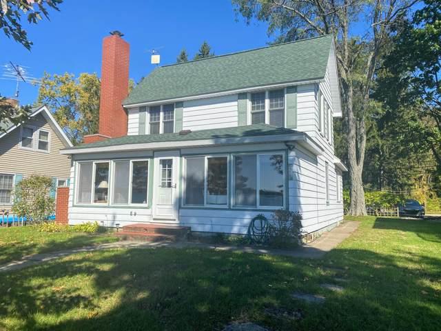 530 Lake Drive, Coldwater, MI 49036 (MLS #21111922) :: Keller Williams Realty | Kalamazoo Market Center