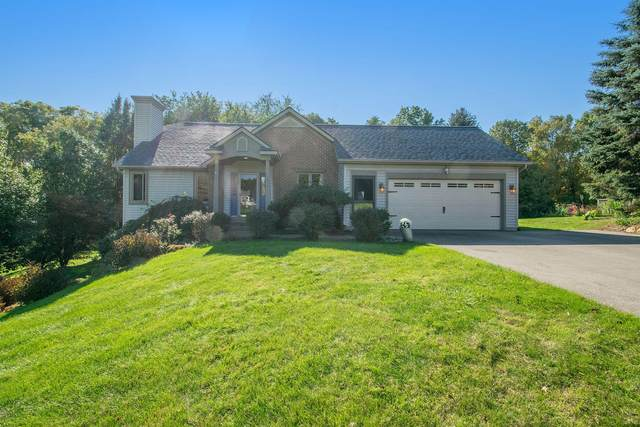 2530 Persimmon Place NE, Belmont, MI 49306 (MLS #21111938) :: Sold by Stevo Team | @Home Realty