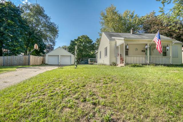 2921 Chiswick Avenue SW, Wyoming, MI 49509 (MLS #21111976) :: Fifth Floor Real Estate