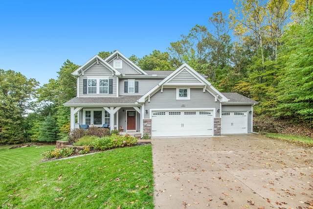 4726 Plateau View Drive NE, Grand Rapids, MI 49525 (MLS #21112027) :: Fifth Floor Real Estate