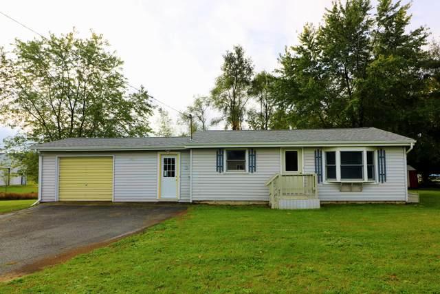 7491 County Farm Road, Greenville, MI 48838 (MLS #21112055) :: Sold by Stevo Team | @Home Realty