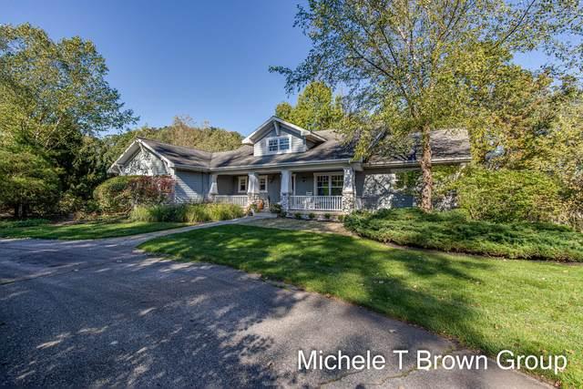 5525 Rustic Meadow Drive, Ada, MI 49301 (MLS #21112064) :: Fifth Floor Real Estate