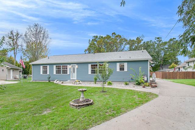 9230 Austin Drive, Portage, MI 49002 (MLS #21112070) :: BlueWest Properties