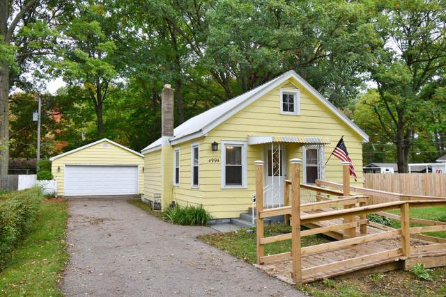 4994 Woodward, Coloma, MI 49038 (MLS #21112079) :: Sold by Stevo Team | @Home Realty