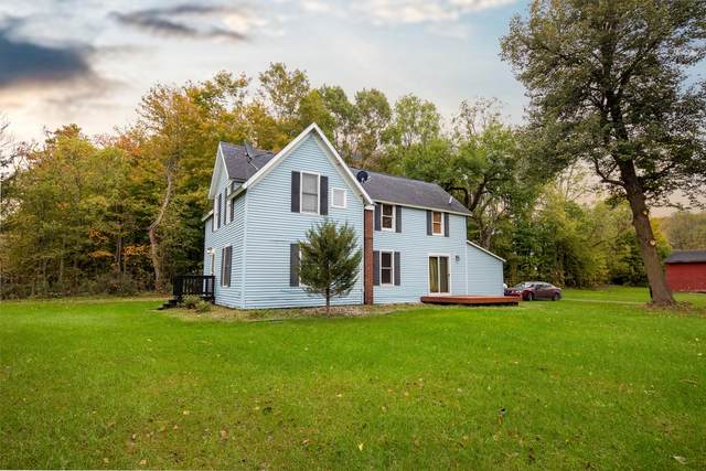 35499 Co Rd 358, Paw Paw, MI 49079 (MLS #21112106) :: Fifth Floor Real Estate