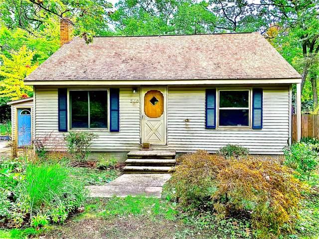 960 Becker Road, Muskegon, MI 49445 (MLS #21112107) :: BlueWest Properties