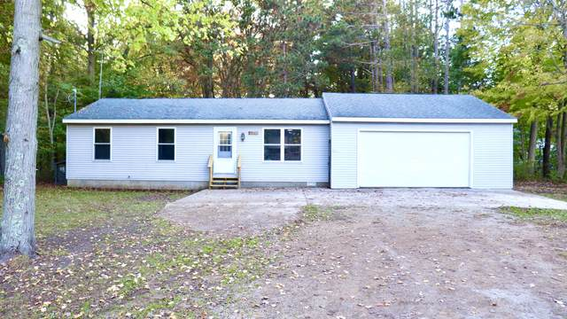 4093 Central Road, Muskegon, MI 49445 (MLS #21112127) :: BlueWest Properties