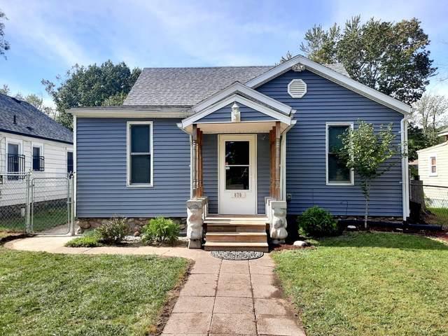 870 N Shore Drive, Benton Harbor, MI 49022 (MLS #21112191) :: Deb Stevenson Group - Greenridge Realty