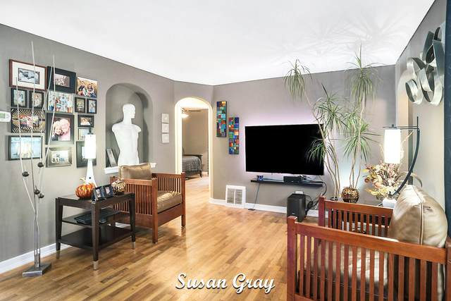 658 W 21st Street, Holland, MI 49423 (MLS #21112352) :: Ginger Baxter Group