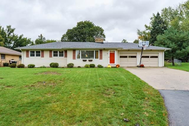 226 Lamar Drive, Portage, MI 49024 (MLS #21112365) :: The Hatfield Group