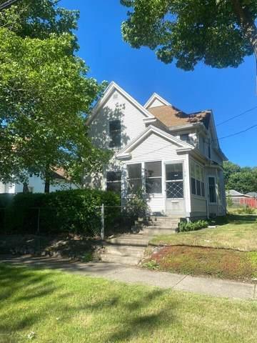 1010 S Milwaukee Street, Jackson, MI 49203 (MLS #21112456) :: Ginger Baxter Group