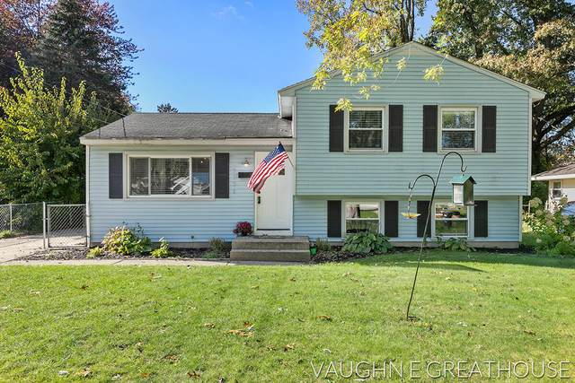 3751 Perry Avenue SW, Wyoming, MI 49519 (MLS #21112674) :: The Hatfield Group