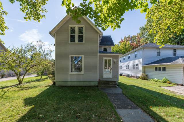 1306 Michigan Avenue, St. Joseph, MI 49085 (MLS #21112711) :: The Hatfield Group
