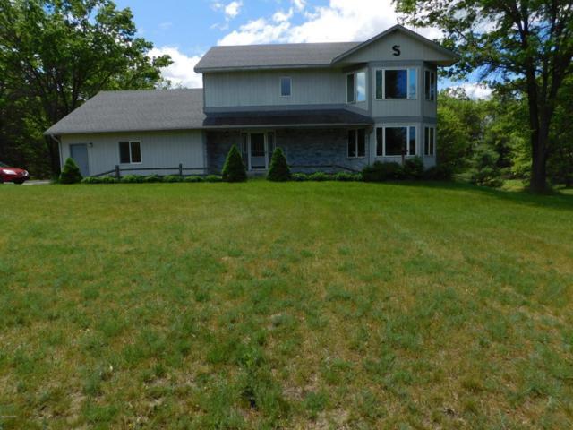 3660 E Townline Lake Road, Harrison, MI 48625 (MLS #17027265) :: Deb Stevenson Group - Greenridge Realty