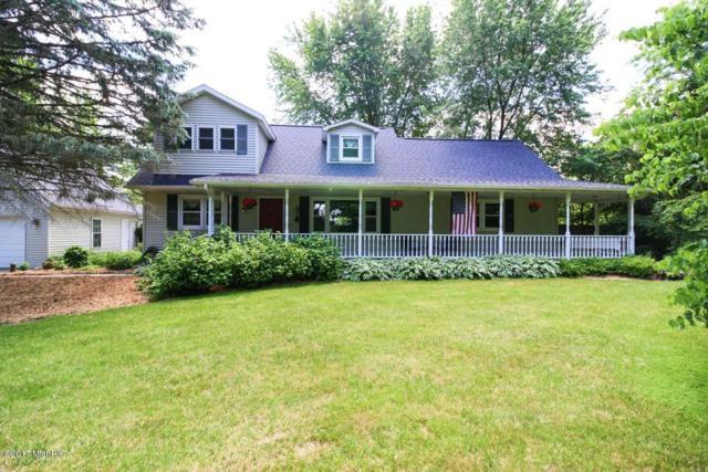 9862 E Cd Avenue, Richland, MI 49083 (MLS #17029125) :: Matt Mulder Home Selling Team