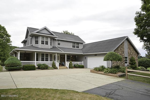 46545 27th Street, Mattawan, MI 49071 (MLS #17029589) :: Matt Mulder Home Selling Team