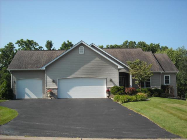 106 Abbington Circle, Battle Creek, MI 49015 (MLS #17041478) :: Matt Mulder Home Selling Team