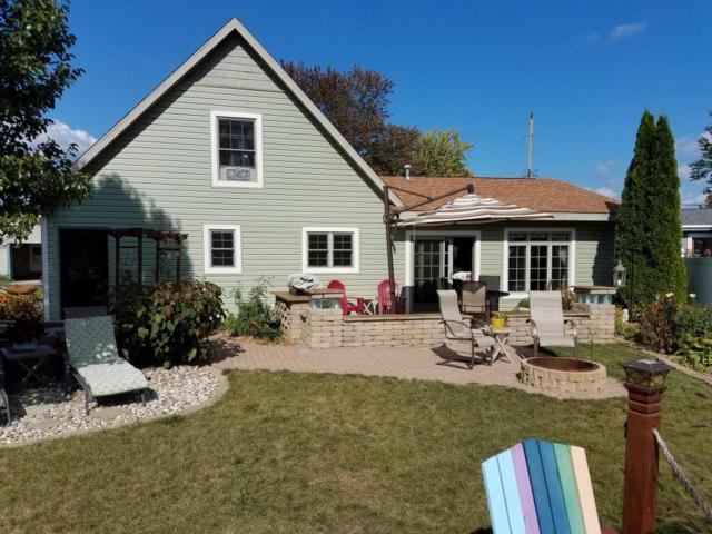 4207 E Joy Road, Shelbyville, MI 49344 (MLS #17042666) :: Matt Mulder Home Selling Team