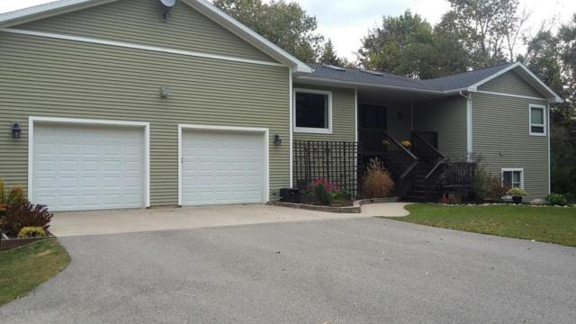 2242 W Victory Drive, Scottville, MI 49454 (MLS #17049540) :: Deb Stevenson Group - Greenridge Realty