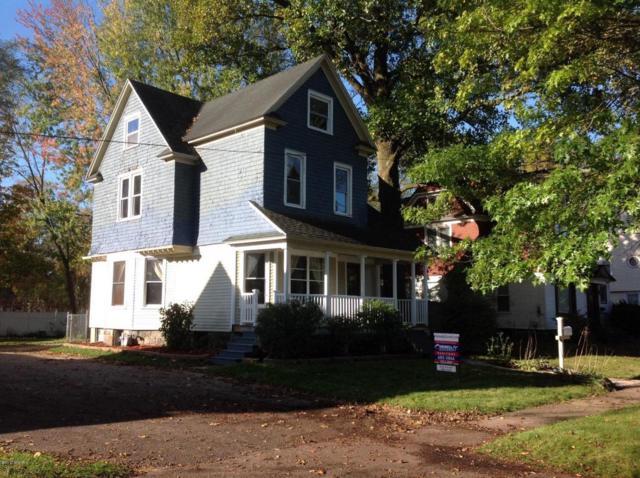 229 W Allegan Street, Otsego, MI 49078 (MLS #17051832) :: Matt Mulder Home Selling Team