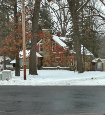 13475 Beadle Lake Road, Battle Creek, MI 49014 (MLS #17058995) :: Matt Mulder Home Selling Team