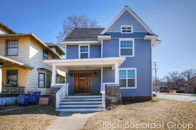 756 College Avenue SE, Grand Rapids, MI 49503 (MLS #18008684) :: JH Realty Partners