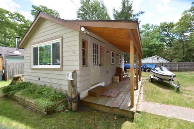 127 Mallard Avenue, Houghton Lake, MI 48629 (MLS #18011328) :: 42 North Realty Group