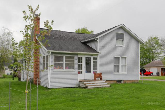 202 E North Street, Tekonsha, MI 49092 (MLS #18011500) :: Carlson Realtors & Development
