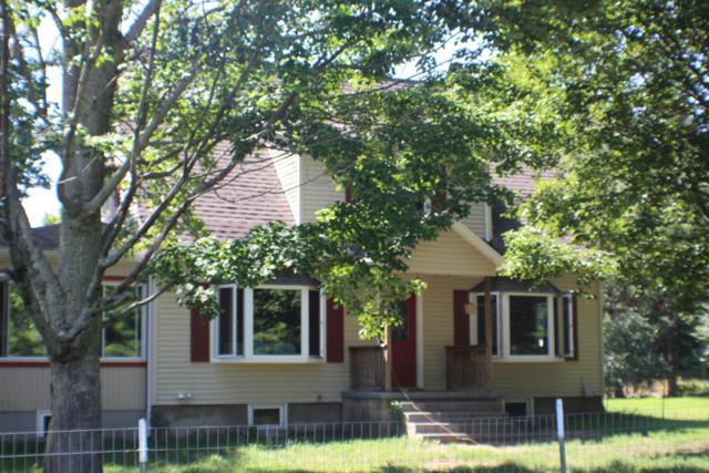 941 N Dennis Road, Ludington, MI 49431 (MLS #18013478) :: JH Realty Partners