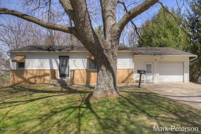 1006 Prospect Street, Greenville, MI 48838 (MLS #18016601) :: Deb Stevenson Group - Greenridge Realty