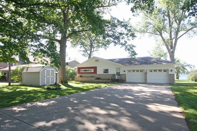 7657 S Indian Lake Drive, Vicksburg, MI 49097 (MLS #18017225) :: 42 North Realty Group