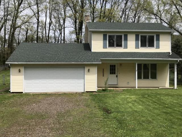 217 Highfield Road, Marshall, MI 49068 (MLS #18020532) :: Deb Stevenson Group - Greenridge Realty