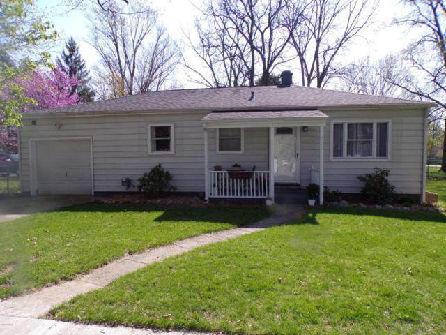 309 S Brown Street, Paw Paw, MI 49079 (MLS #18020912) :: Deb Stevenson Group - Greenridge Realty
