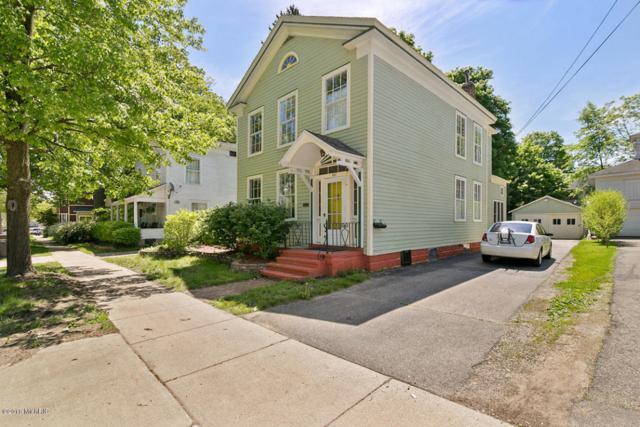 327 Monroe Street, Allegan, MI 49010 (MLS #18023150) :: Carlson Realtors & Development