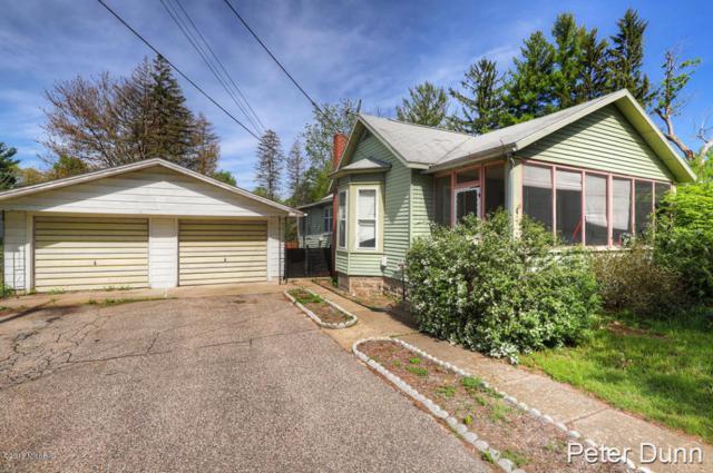 215 S Front Street, Belding, MI 48809 (MLS #18023371) :: Carlson Realtors & Development