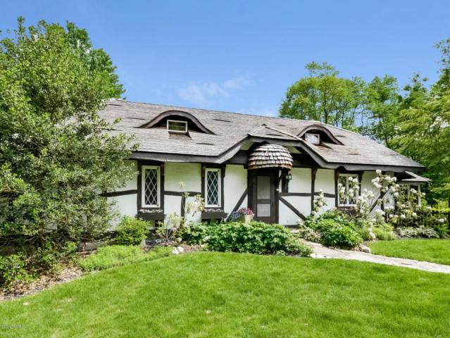 749 Golfview Drive, Douglas, MI 49406 (MLS #18024786) :: 42 North Realty Group
