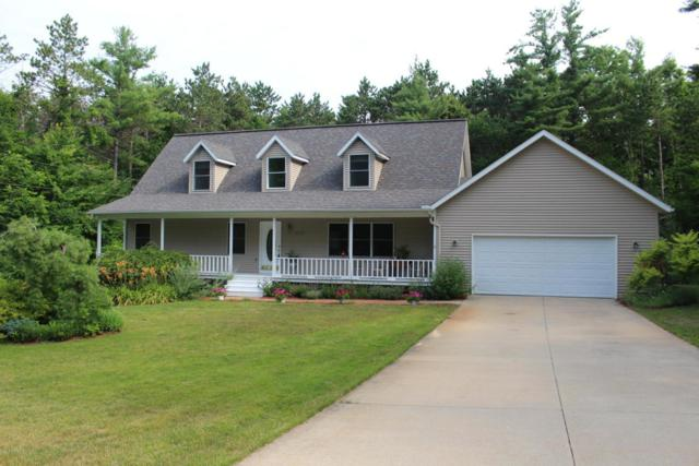 433 Old School Forest Lane, Sparta, MI 49345 (MLS #18025032) :: 42 North Realty Group