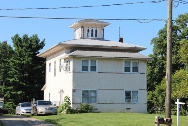608 W Michigan Avenue, Paw Paw, MI 49079 (MLS #18026518) :: Carlson Realtors & Development