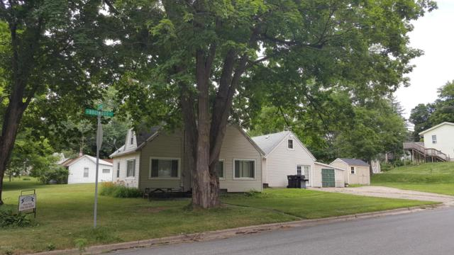 237 E Colfax Street, Hastings, MI 49058 (MLS #18029011) :: 42 North Realty Group