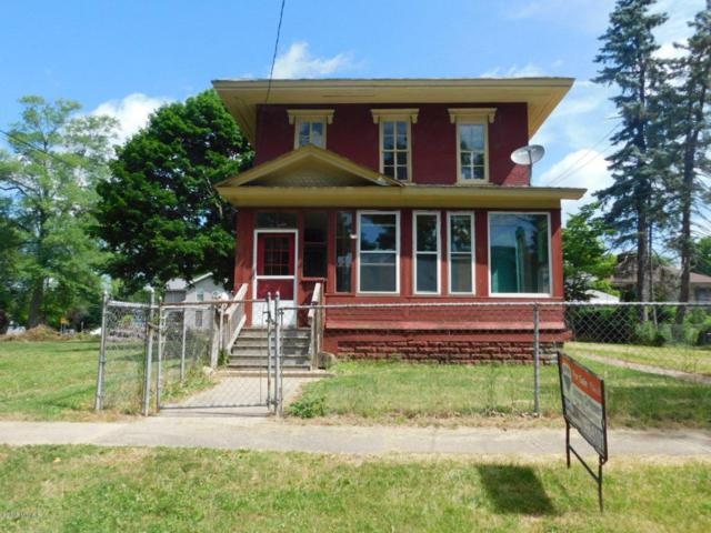 216 W Chestnut, Albion, MI 49224 (MLS #18031102) :: 42 North Realty Group