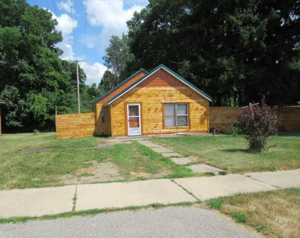 129 Depot Street, Cassopolis, MI 49031 (MLS #18033761) :: Deb Stevenson Group - Greenridge Realty