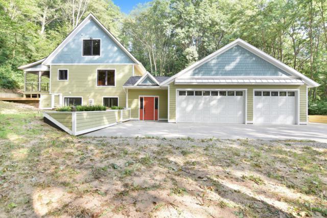 6711 Lakeshore Drive, West Olive, MI 49460 (MLS #18033891) :: Carlson Realtors & Development