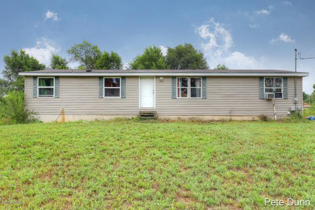 328 N E Street, Trufant, MI 49347 (MLS #18035358) :: Carlson Realtors & Development
